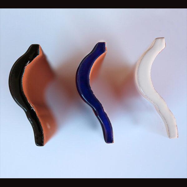 Moldura cerámica curva antigua